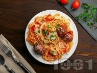 Талиатели или спагети (паста) с кюфтенца от сурова наденица